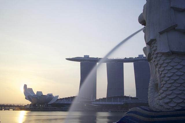 Ça baigne à Singapour : la carte postale de Julien Blanc-Gras