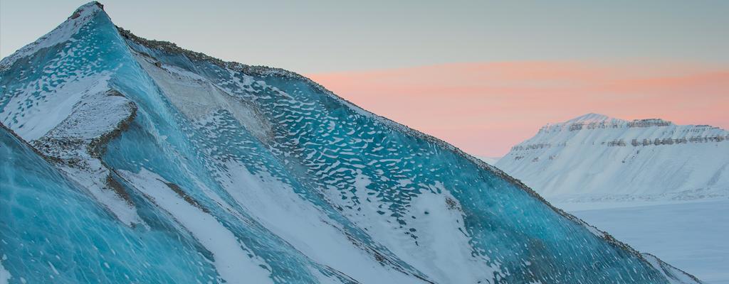 Archipel du Svalbard, Norvège : la promesse de l'aube