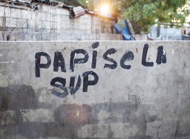 Dans les rues de Port au Prince - A/R Magazine voyageur 2017