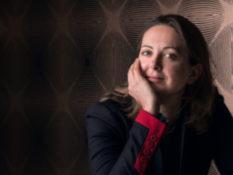 Ceci est une belge : entretien avec Charline Vanhoenacker, infatigable voyageuse - A/R Magazine voyageur 2019