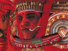 Kerala - Les dieux vivants du Theyyam